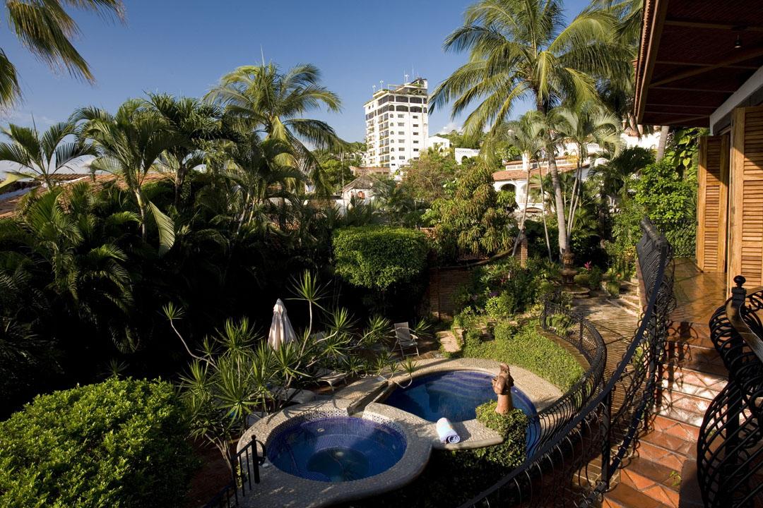 Dream Vacations Casa Corona Vallarta