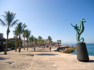 Puerto-Vallarta-Boardwalk-Malecón